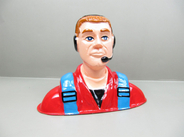 Resin Civilian Pilot 90mmx120mmx56 Large Scale